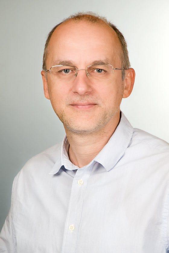 Dömötörfy Zsolt on-line marketing manager
