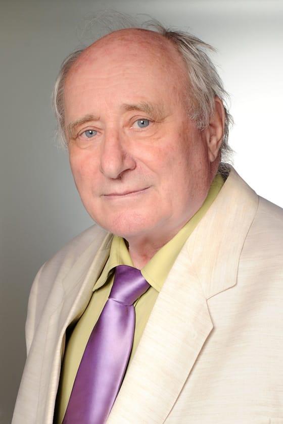 Dr. Szentirmay Zoltán ügyvezető, orvos igazgató