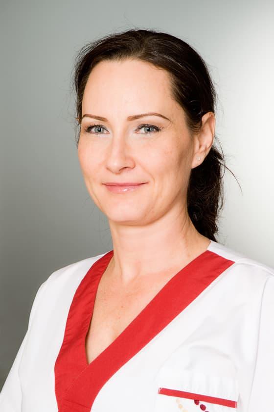 Vig Erika asszisztens