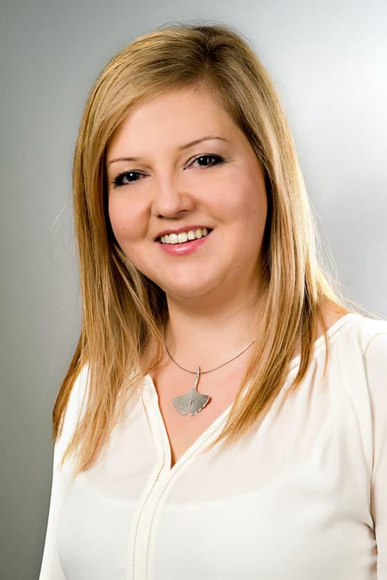 Dr Kósa Éva