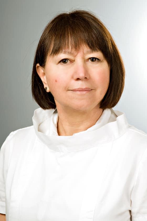 Dr. Molnár-G. Etelka fül-orr-gégész